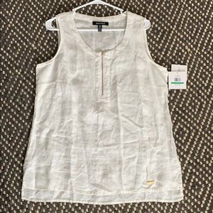 Ellen Tracy white linen zipper neckline top